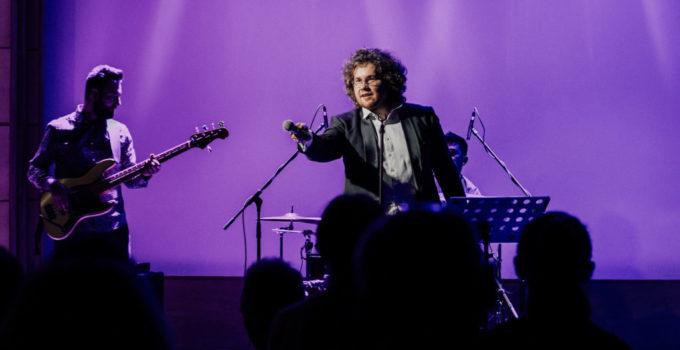 """Tribute to Zbigniew Wodecki – koncert zespołu """"Zacznij od Bacha"""""""